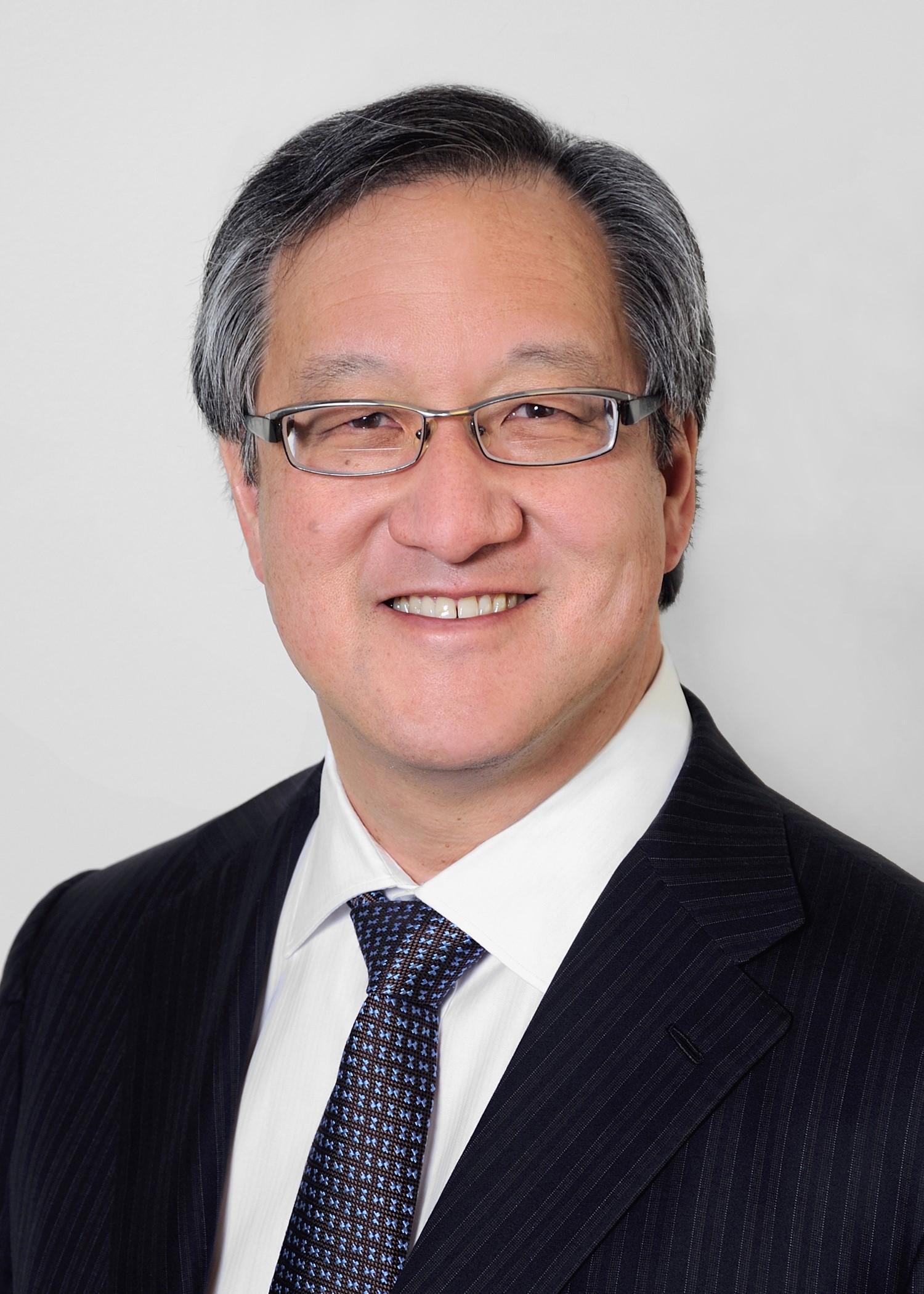 Peter Yu Headshot